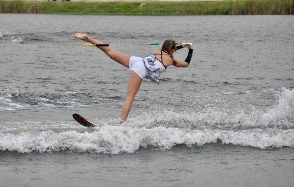 Water Ski on 1 leg
